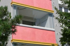 Zasklívání balkónů a lodžií Optimi